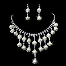 Sexy Crystal Earring Necklace Set Wedding Bridal Jewelry Collection