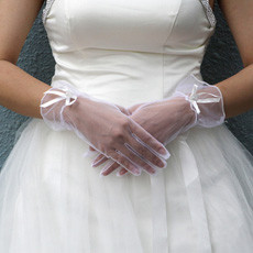 Tulle Wrist Wedding Gloves with Ribbon and Beading