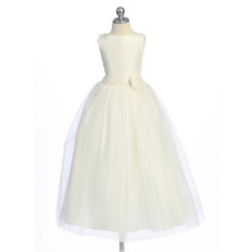Affordable A-Line Round Neck Tea Length Taffeta Flower Girl/ First Communion Dresses with 3D Flowers