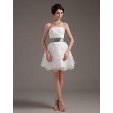 Romantic Stylish Mini Tiered Organza Reception Wedding Dresses with Sashes