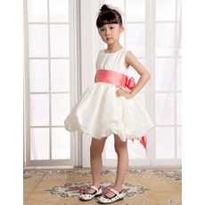 Cutom Made A-Line Round/Scoop Short/Mini Satin First Communion/ Flower Girl Dresses with Bow and Sash