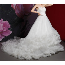 Romantic Crystal Beading Chapel Train Sweetheart Wedding Dresses with Ruffled Tiered Skirt