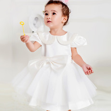 Cute Ball Gown Doll Collar Bubble Sleeves Short Satin White Flower Girl Communion Dress with Beaded