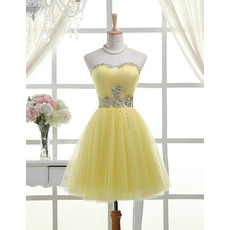 Perfect Sweetheart Short Homecoming Dresses with Crystal Beaded Neckline and Waist