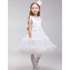 Charming A-Line Flower Round-Neck Knee Length Tulle First Communion Dresses