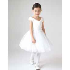 Beautiful Off-the-shoulder Short Lace and Tulle Girls First Communion Dresses/ White Flower Girl Dresses with 3D Flowers