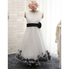 2017 Latest Sleeveless Ankle Length Tulle Flower Girl Dresses with Petals and Hand-made Flowers