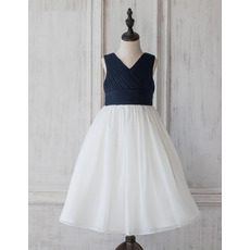 Simple V-Neck Sleeveless Tea Length Two Clolor Organza Flower Girl Dress with Pleated Bust and Skirt