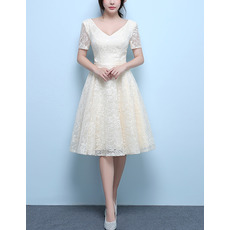 New V-Neck Knee Length Lace Wedding Dresses with Short Sleeves