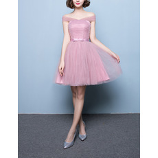 Inexpensive Discount Strapless Sleeveless Short Satin Tulle Ruched Bridesmaid Dresses with Bow