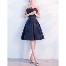 2018 New A-Line Strapless Knee Length Satin Navy Blue Cocktail Party Dresses with Beaded Appliques