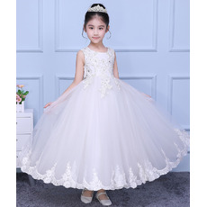 Beautiful Ball Gown Ankle Length Beaded Appliques Tulle Flower Girl Dresses/ Fashionable White First Communion Dresses