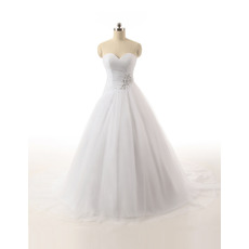 Beautiful Ball Gown Sweetheart Tulle Wedding Dresses with Beaded Appliques Waist