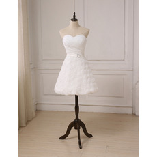 Beautiful and Petite Sweetheart Knee Length Wedding Dresses with Floral Lace Skirt