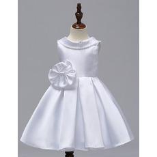 Delicate Beaded V-back Short Satin Flower Girl Dresses with Big Bow