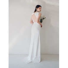 Simple Sleeveless Sheath Satin Wedding Dresses with Dramatic Open Back