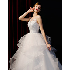 Stunning Lace Appliques Bodice Wedding Dresses with Wide Horsehair Edging