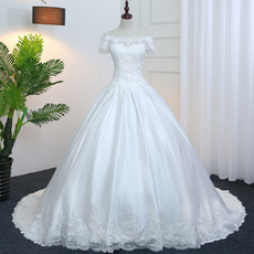 Elegant Off-The-Shoulder Satin Wedding Dresses with Floral Applique Bodice and Waist