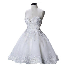 Ravishing Ball Gown Sweetheart Short Mini Wedding Dresses with 3D Floral Appliques