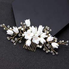 Beautiful Alloy With Pearl and Crystal Flower Wedding Tiara Comb