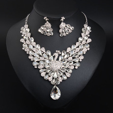 Gorgeous Twinkling Crystal Peacock Necklace and Earrings Set
