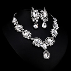 Classy Stunning Sparkly Rhinestone Silver Necklace and Earrings Set