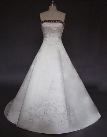 Tailored A-Line Strapless Court Train Lace Beading Wedding Dress with Split Front