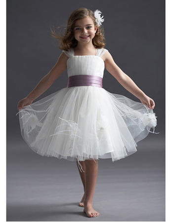 Pretty Knee Length Tulle Flower Girl Dresses with Flowers and Feather