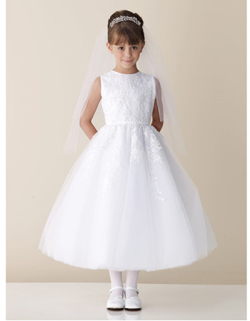 A-line Bateau Neckline Ankle Length White Tulle First Communion Dresses with Appliques