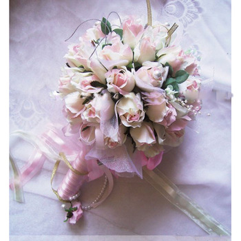 Beautiful Delicated Dreamlike Villatic Rosebuds Bride Bouquet- Champagne