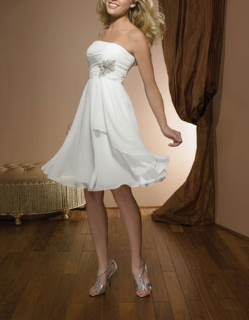 Inexpensive A-Line Strapless Short Chiffon Summer Simple Wedding Dress