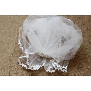 Pretty White Tulle Flower Girl Veils with Tiaras