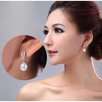 Inexpensive White 8-9mm Round/ Drop Freshwater Natural Pearl Earring Set