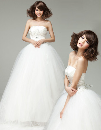 Affordable Beaded Appliques Bodice Strapless Ball Gown Tull Wedding Dresses