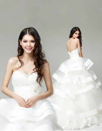 Romantic Beaded Sweetheart Ball Gown Tulle Wedding Dresses with Tiered Skirt