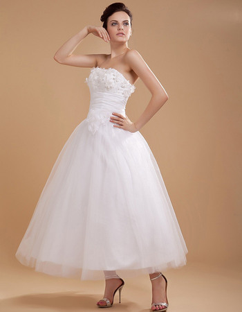 Romantic Strapless Tea Length Tulle Wedding Dresses with Hand-made Flowers