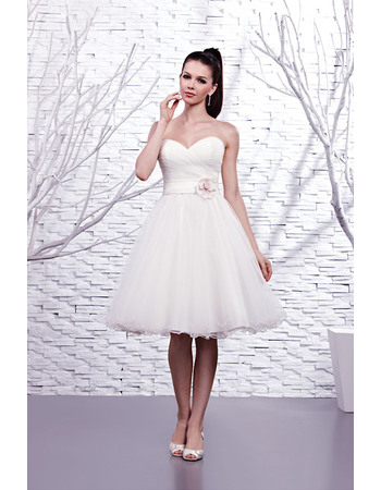Simple A-Line Sweetheart Short Tulle Wedding Dresses with Clolor Hand-made Flowers