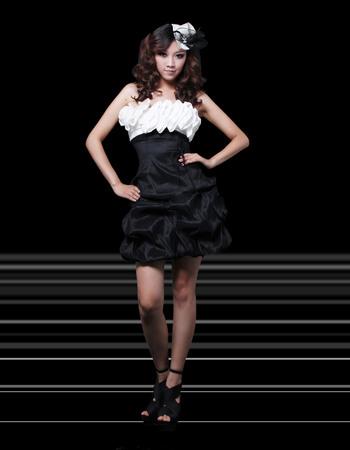 Fabulous Column Strapless Short Satin Homecoming/ Party Dresses