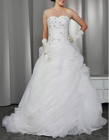 Discount Elegant Sweetheart Sweep Train Organza Ruffle Wedding Dresses