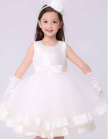 Stylish Ball Gown Beaded Round/ Scoop Sleeveless Short White Flower Girl Dresses with Satin-trimmed