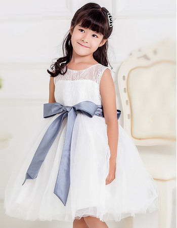Affordable Ball Gown Bateau Knee Length Lace Tulle White Flower Girl Dresses with Sashes