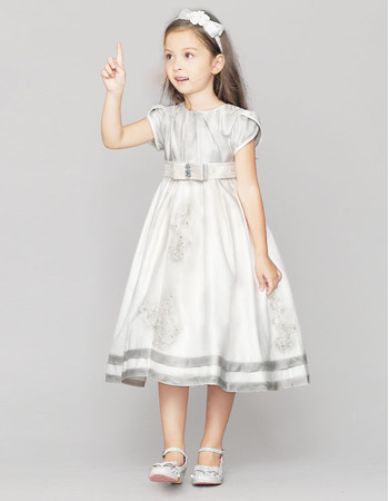 Cute Discount A-line Round Neck Cap Sleeves Knee Length Little Girl Party Dresses with Beaded Appliques