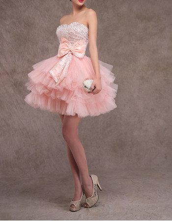 Dramatic Sweetheart Short Tulle Tiered Skirt Homecoming Dresses with Beaded