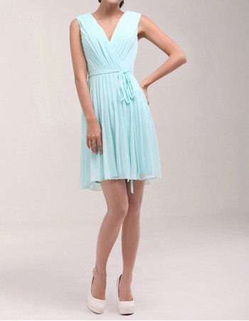 Fashion New Arrival V-Neck Short Chiffon Ruched Homecoming Dresses with Sash