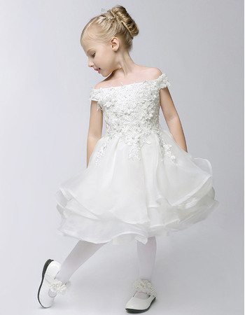 Cute Modern A-Line Off-the-shoulder Knee Length Layered Organza First Communion Flower Girl Dresses with Lace Appliques