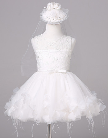 Cute Round Neck Short Lace Tulle wHITE Flower Girl Dresses with Feather Bottom and Large Petals