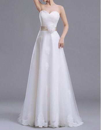 Perfect Sweetheart Sweep Train Tulle Wedding Dress with Sash/ Romantic Ruched Bodice Bride Gowns with 3DFlowers