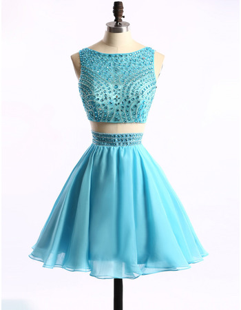 Sexy Sleeveless Short Chiffon Two-Piece Homecoming Dresses with Crystal Beeading Embellished