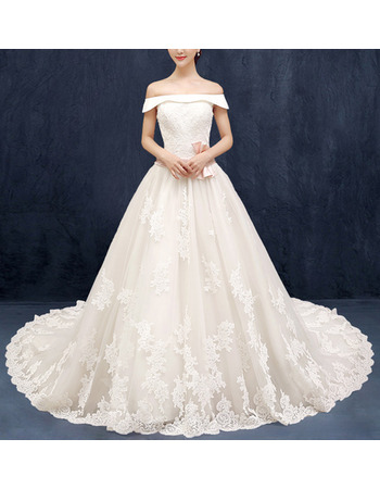 Romantic A-Line Off-the-shoulder Tulle Wedding Dresses with Floral Applique