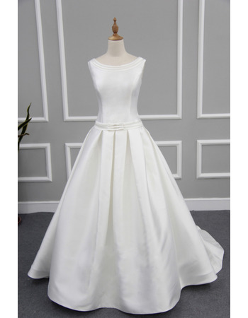 Simple Plunging Scoop Back Satin Wedding Dresses with Pleated Skirt and Buttons Back